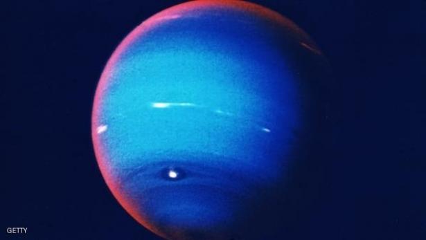 قمر جديد حول نبتون