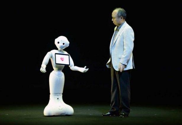 Pepper روبوت يفهم مشاعر البشر